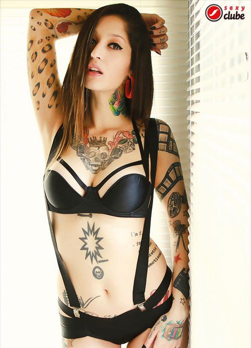 Jacqueline Suicide capa sexy