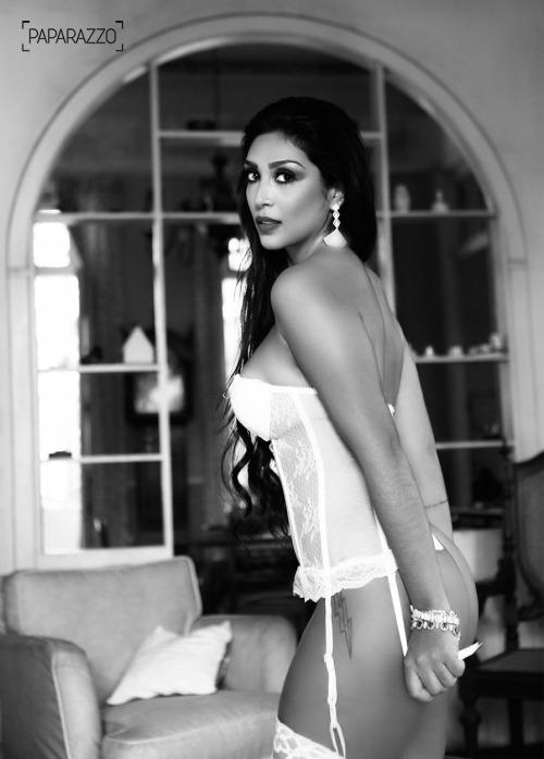 AMANDA DJEHDIAN paparazzo fotos__18__029
