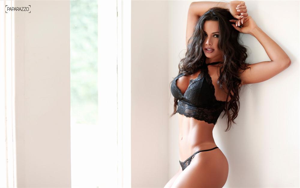Fernanda D'avila  paparazzo__29__009