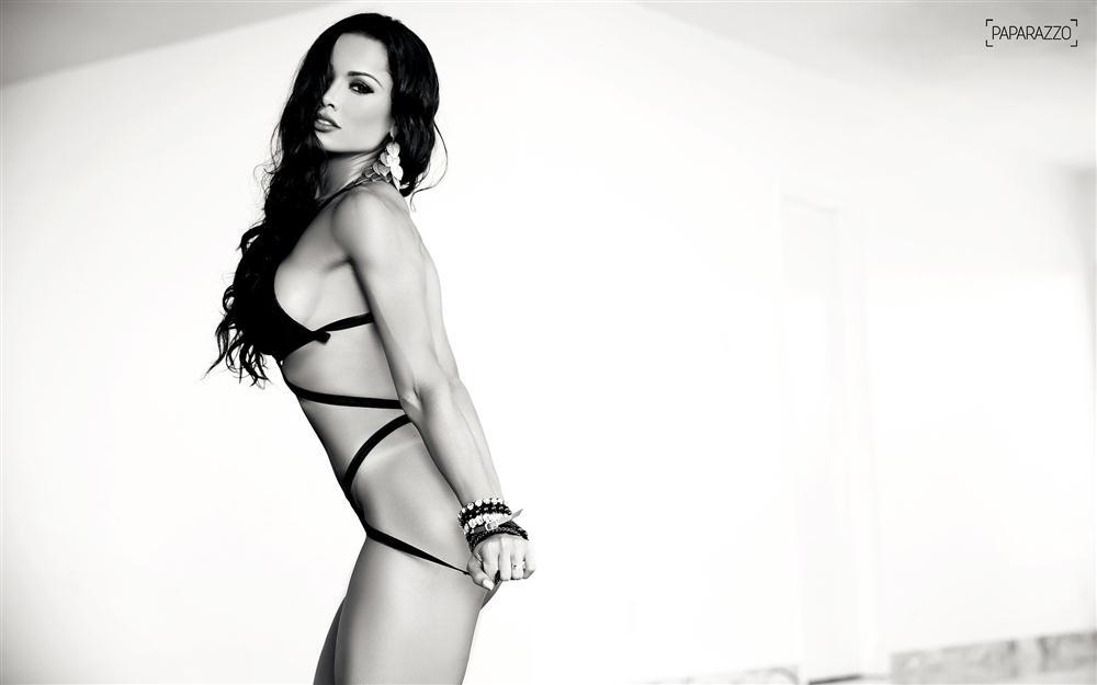 Fernanda D'avila  paparazzo__50__012