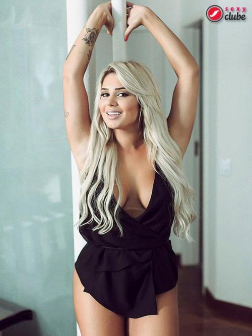 Karol Schwonke sexy_026