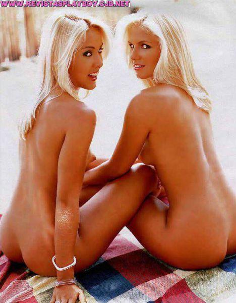 Nadia e Viviane As Ronaldinhas playboy_012